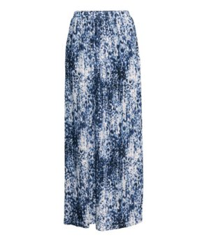 This maxi skirt is from H&M and I'm not one for patterned maxi type things but I tried it on and loved it.